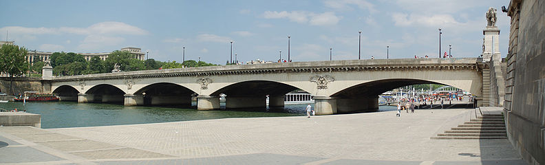 Pont_d'Iéna_Bridge-Paris Bridge